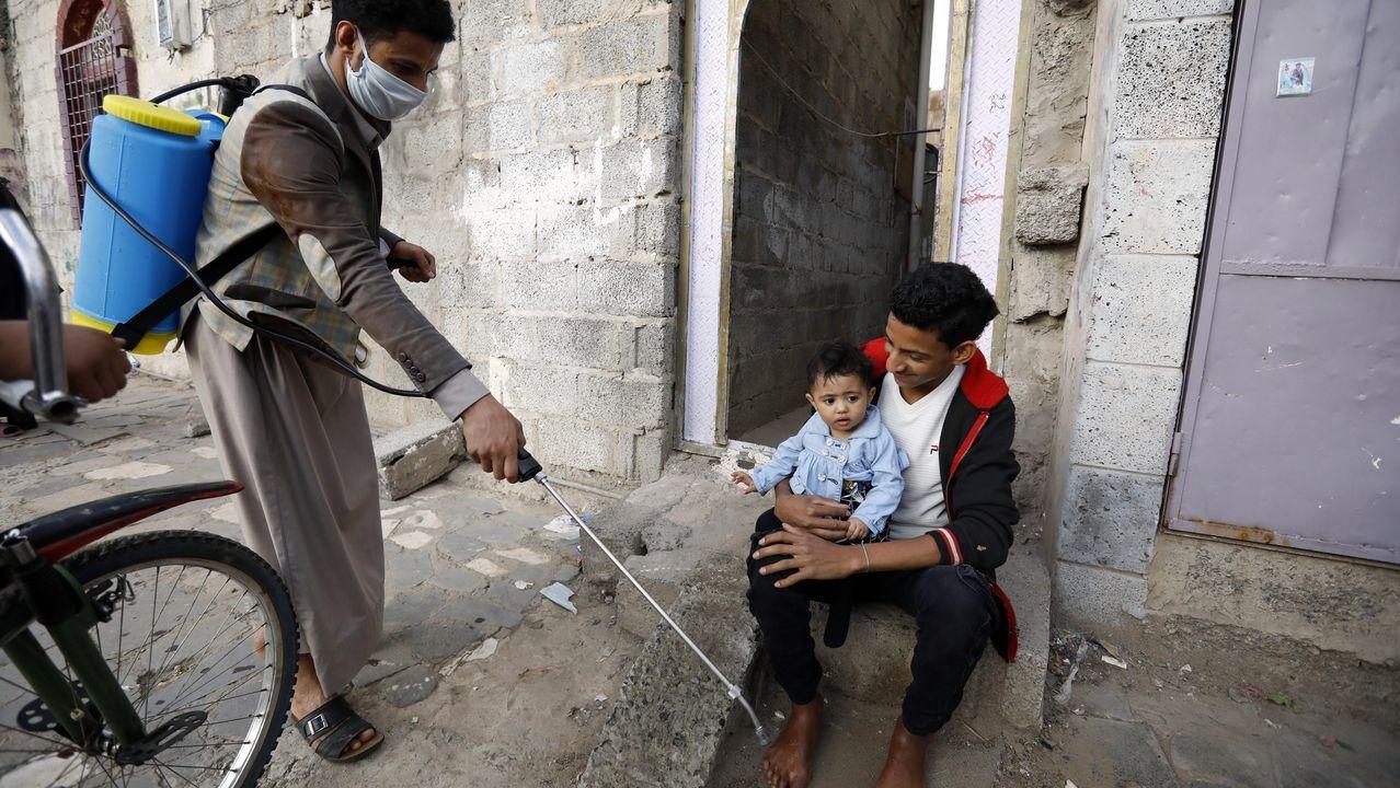 En Yemen los medios que utilizan para desinfectar son muy modestos