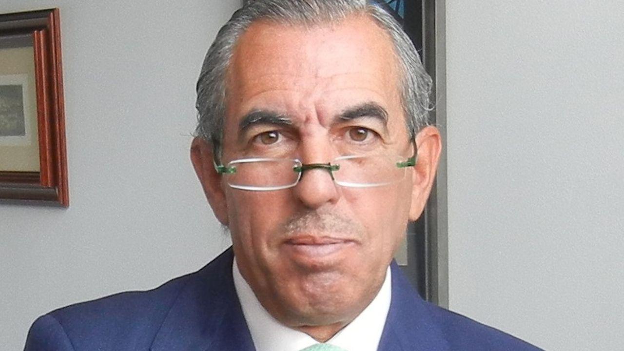 Vicente Gotor, Juan Vázquez,.Eduardo Sánchez Morrondo, presidente de Compromiso Asturias XXI