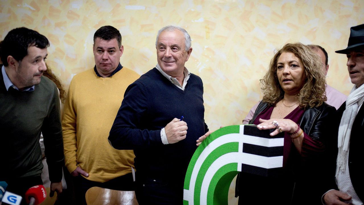 Los principales candidatos del 5A para las autonómicas.Imagen de la reunión de los expropiados convocada por el actual gobierno en septiembre del 2019.