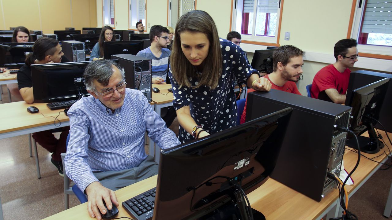 Macarena Gómez levanta el telón del Curtas de Vilagarcía.Las apuestas on-line han aumentado notablemente en los últimos años