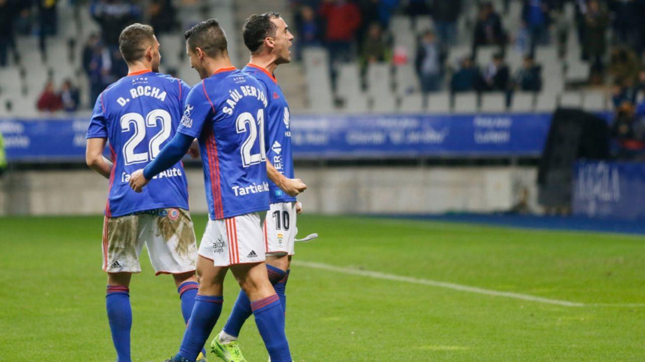 Real Oviedo Carlos Tartiere Linares Saul Berjon Rocha Horizontal.Rocha, Saúl Berjón y Linares