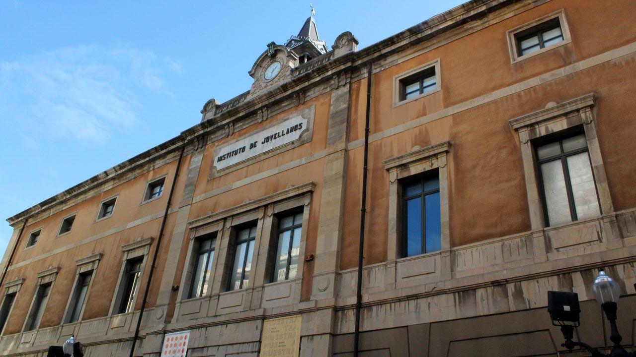 Centro de salud Laviada, en Gijón.Centro de Cultura Antiguo Instituto de Gijón