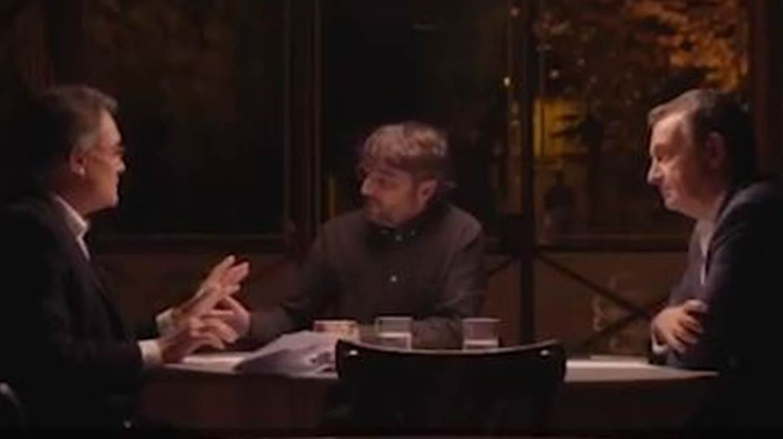 Carles Puigdemont y el presidente del Parlament, Roger Torrent, durante una reunión en Belgica el pasado miercoles
