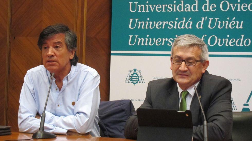 El desastre, la extinción del fuego y el recorrido por las cenizas, en fotos.López-Otín y García Granda