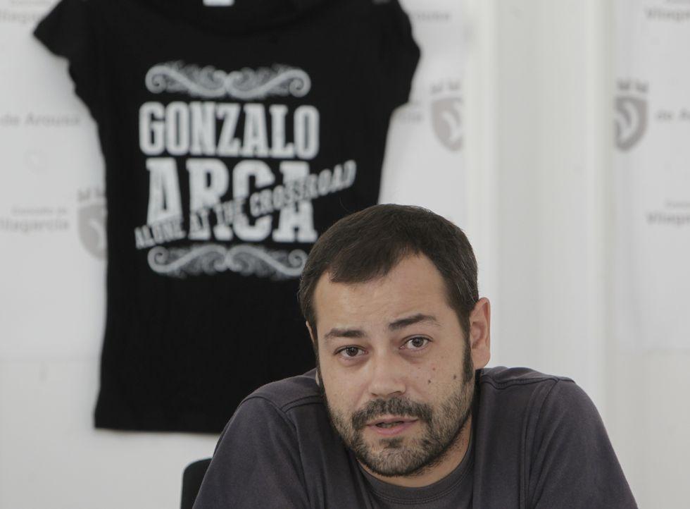 Gonzalo Arca durante la presentación de uno de sus conciertos para las fiestas de Vilagarcía.