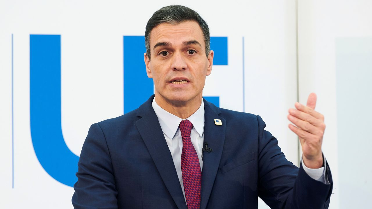 El presidente del Gobierno, Pedro Sánchez, en una rueda de prensa en Bruselas