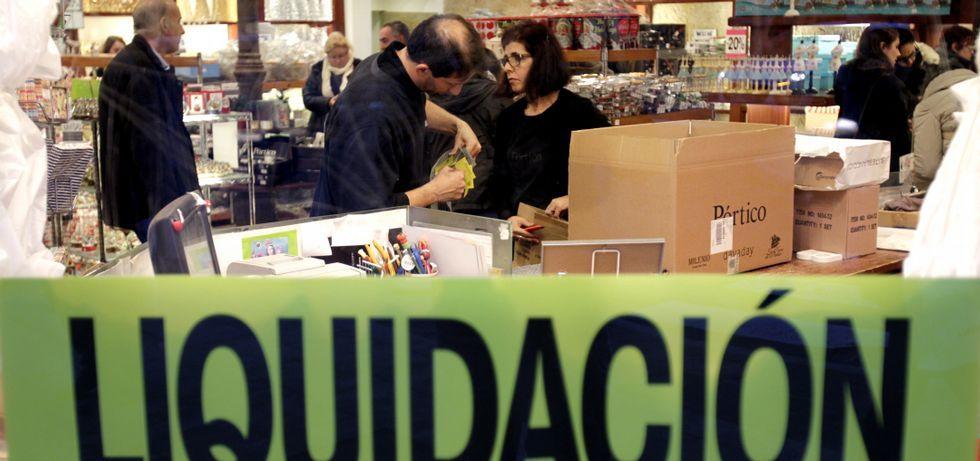 Las rebajas de hasta el 60 % han disparado las ventas de la empresa, que entró en liquidación el pasado 4 de noviembre .