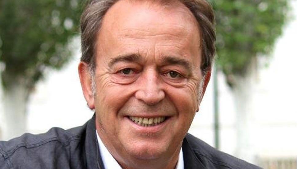 Carlos Pérez Anadón, Funcionario del Ayuntamiento de Zaragoza
