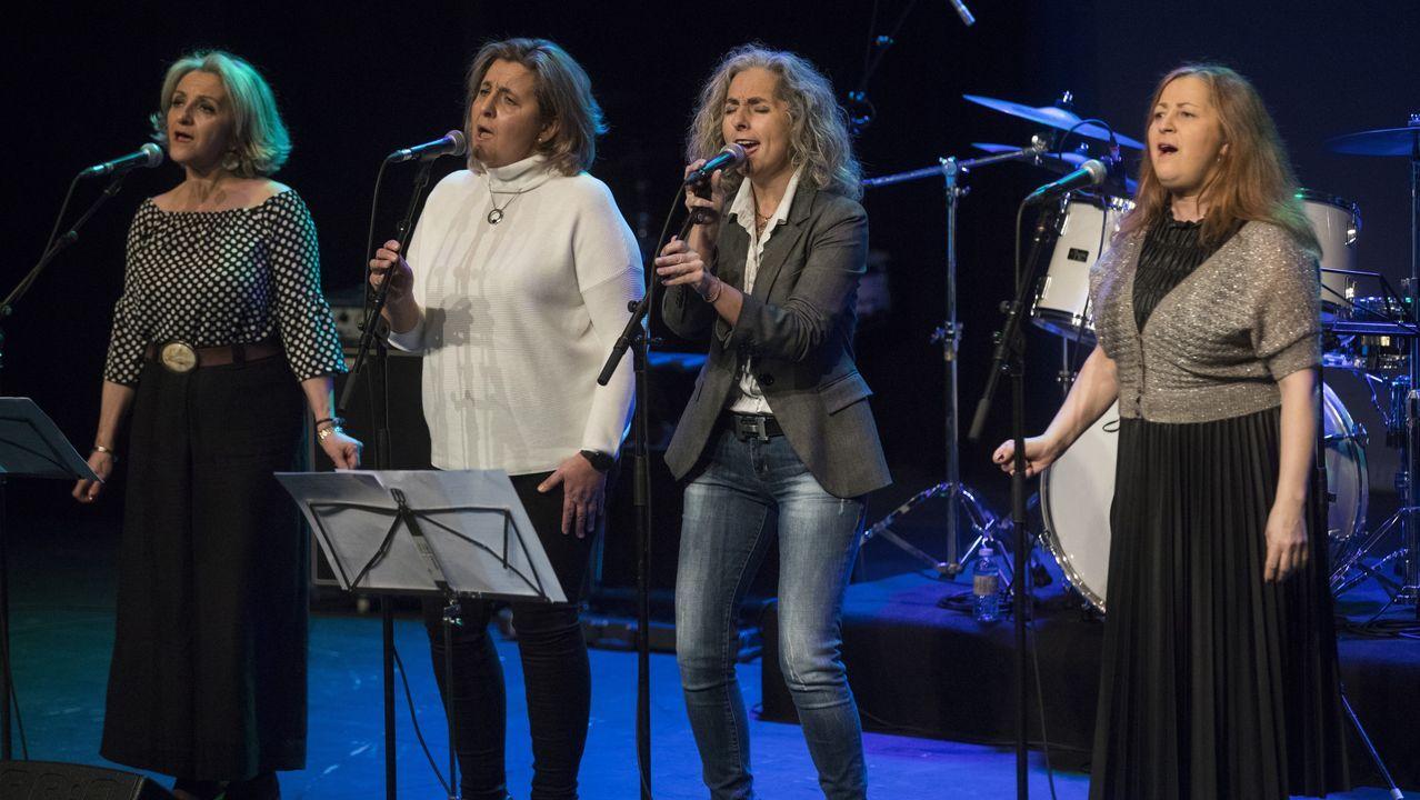O público dos concertos do San Froilán ten que estar sentado, pero aínda así vive a música