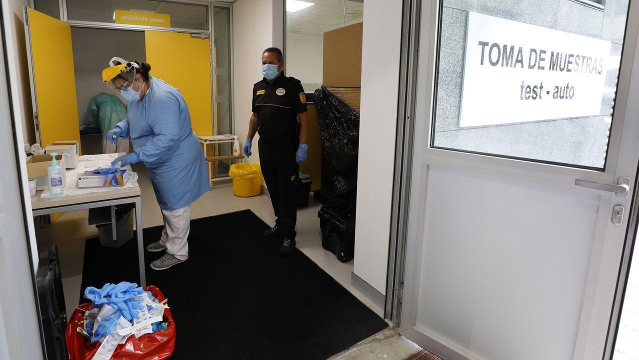 Se acercan a 5.000 las PCR realizadas desde el 23 de junio en el Hospital da Mariña, en una imagen de principios de julio