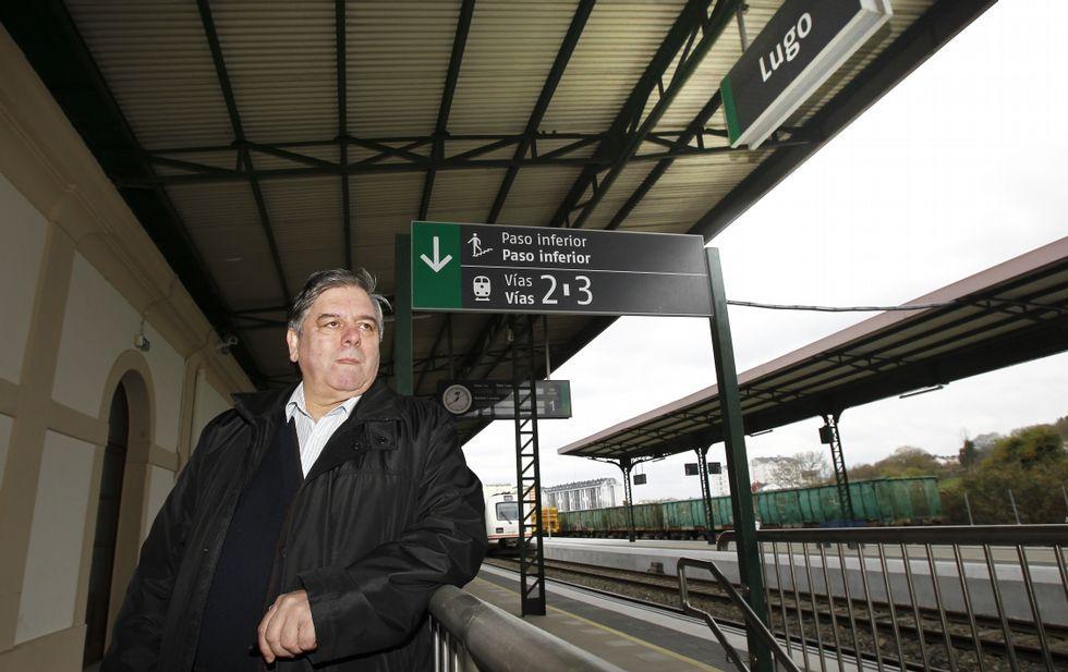José Manuel Carballo lembra que a estación de Lugo debe ser de paso nas rutas funerarias.