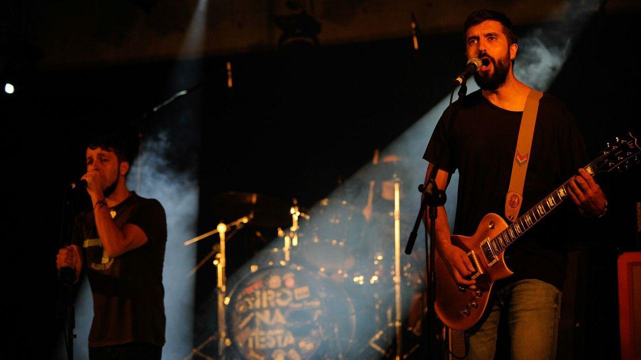 Ún de Grao y D'Urria presenten los sos nuevos discos na segunda edición d'Amosando