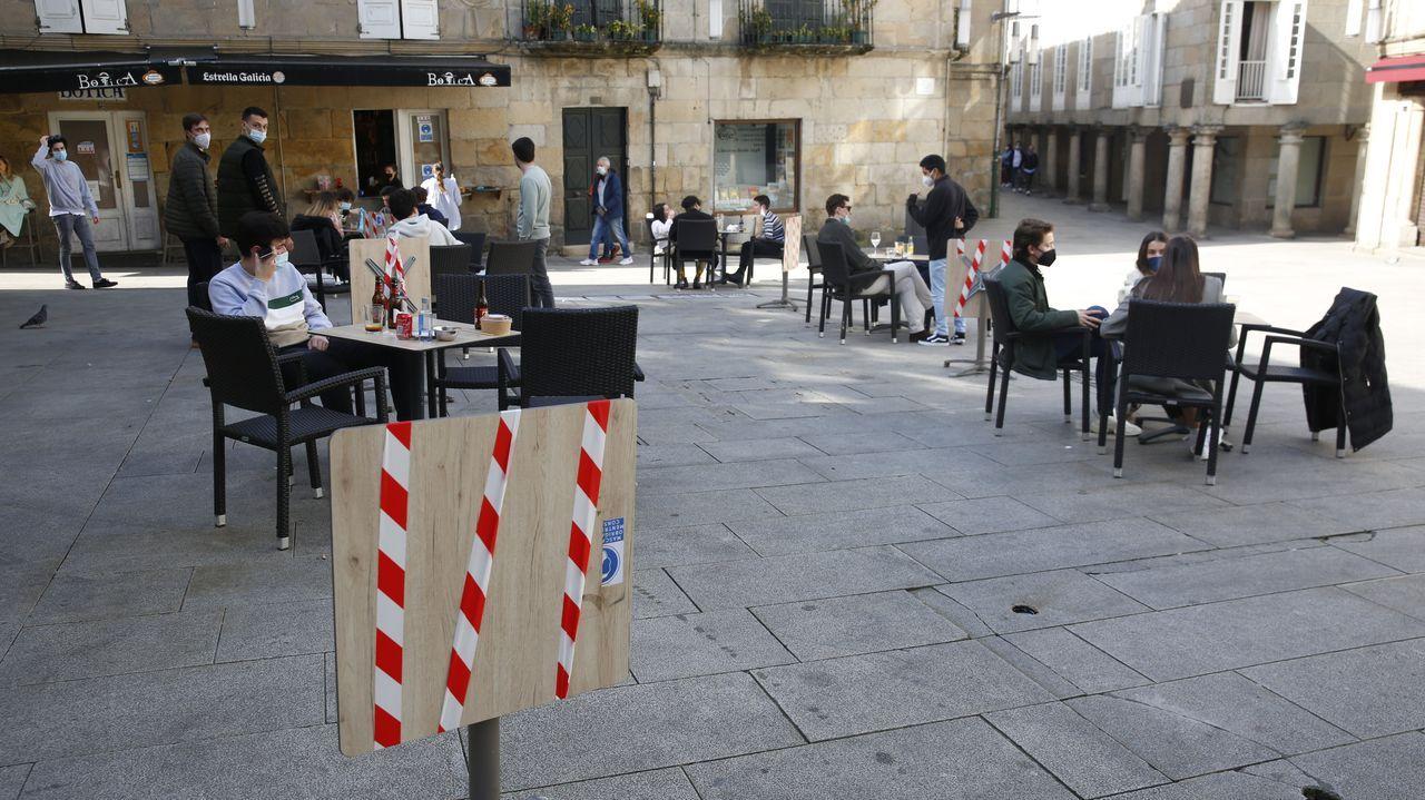 Mesas precintadas en Pontevedra