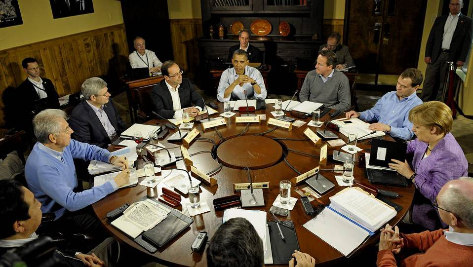 Los líderes del G8 se reúnen en Camp David.Las imágenes demuestran la destrucción de Kyauk.