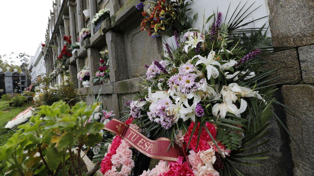 Nicho del cementerio de Xuances donde está enterrada la vecina de Xove confundida con Rogelia Blanco
