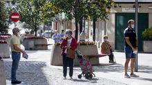 En Arteixo, que ya en verano sufrió restricciones más duras, la incidencia acumulada sobrepasa los 1.000 casos por 100.000 habitantes