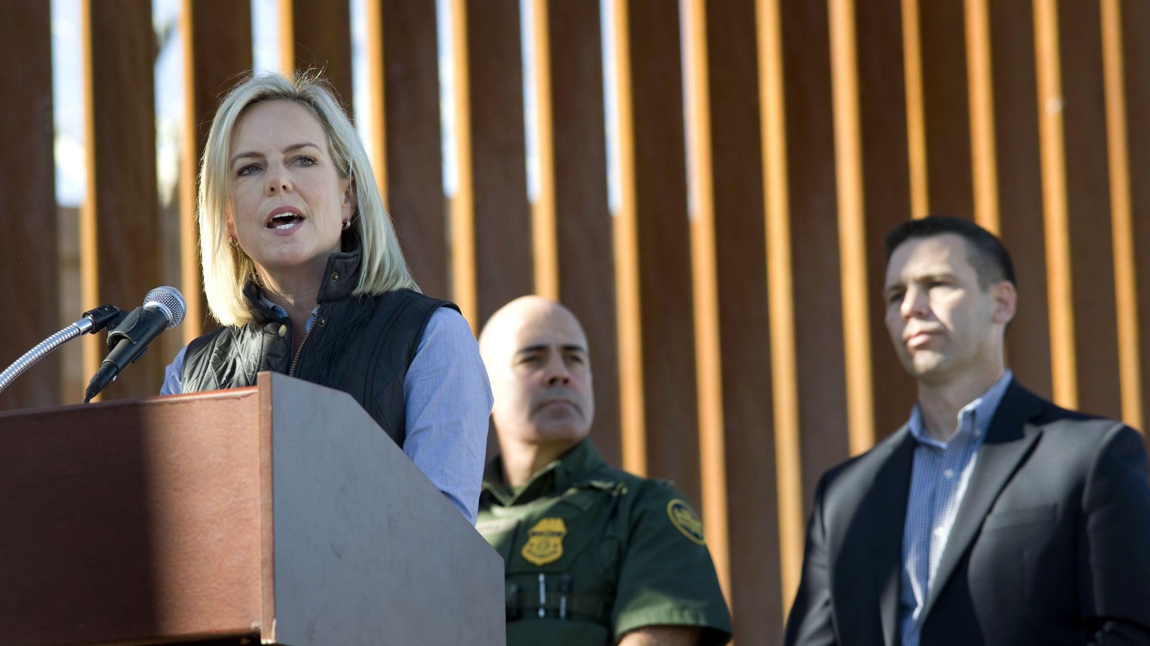 Nielsen no es suficientemente dura con la inmigración, según el presidente