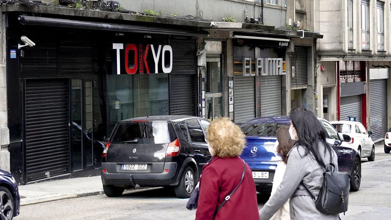 Arquitectura de premio en Ourense.Atasco este verano en la Autovía do Salnés a la entrada de Sanxenxo