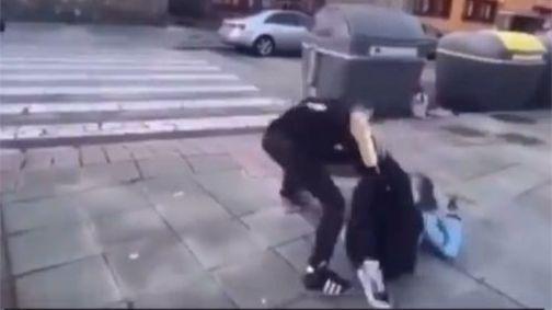 Captura de vídeo de un momento de la pelea