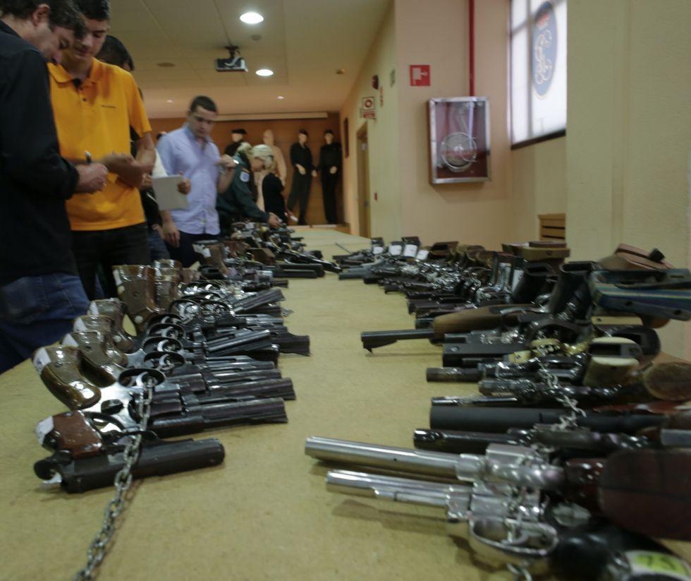 En la exposición hay auténticas armas de museo.