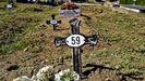 Tumba sin nombre de Enoque de Menesses en el cementerio de Vigo