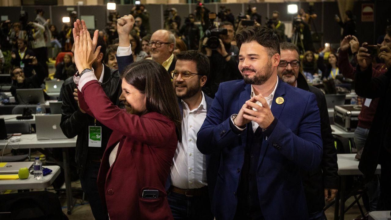 La jornada definitiva de la sesión de investidura, en imágenes.Imagen de Pablo Casado en la sede del PP en Madrid