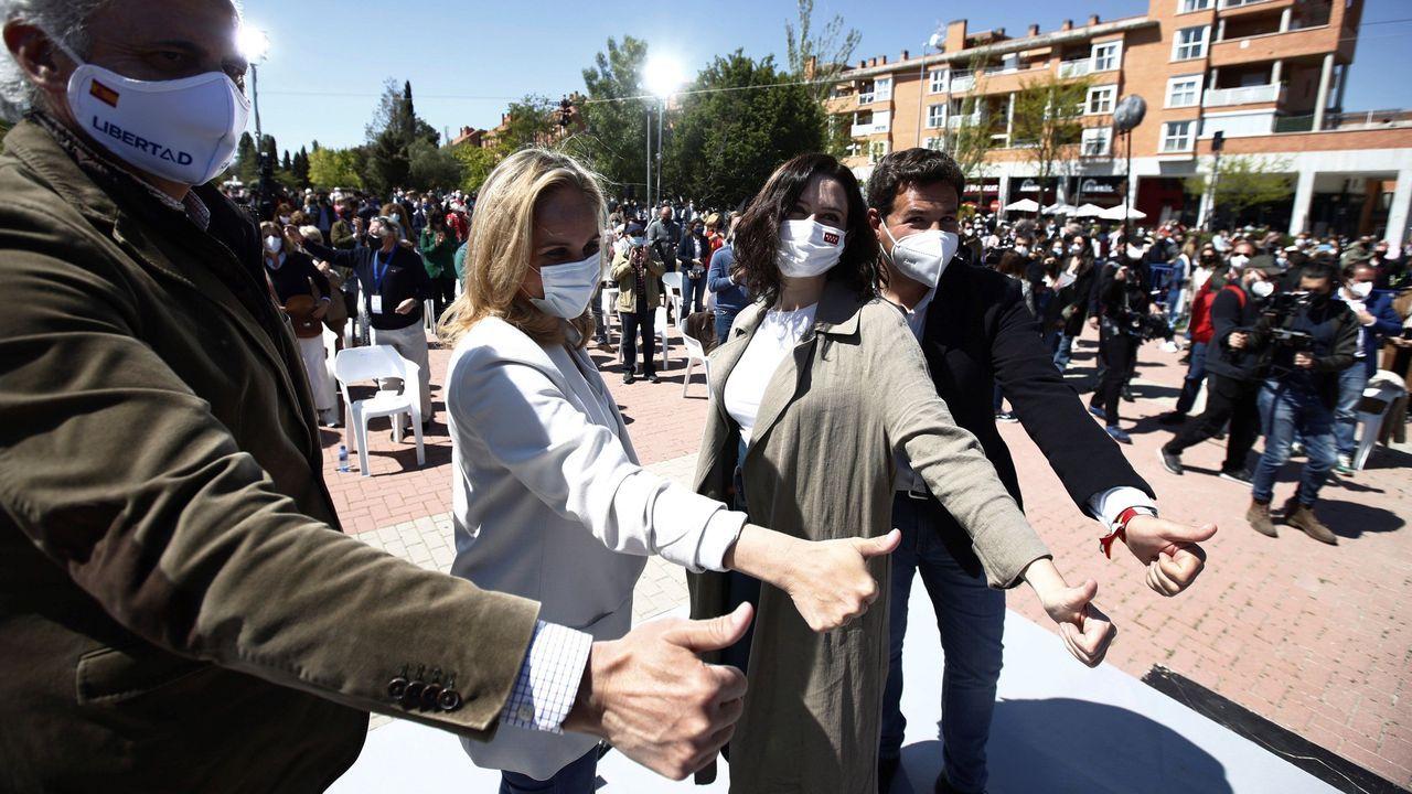 Isabel Díaz Ayuso en un acto electoral este domingo en Las Rozas