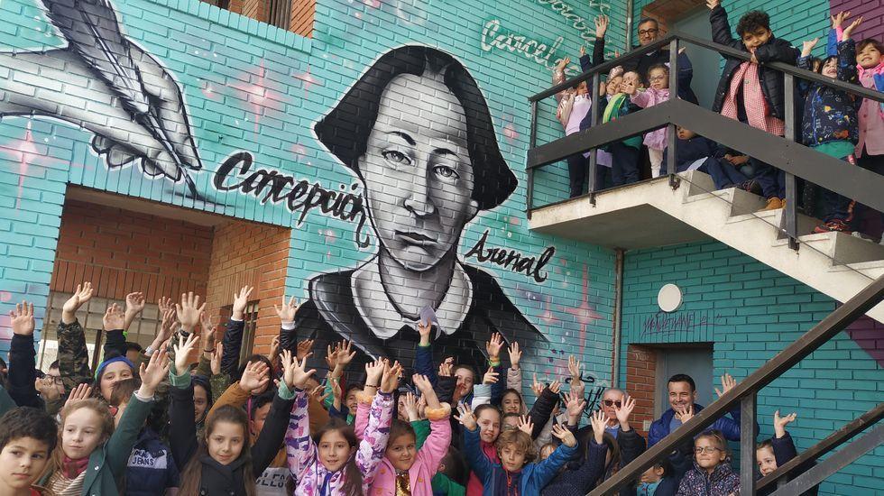Los alumnos del Otero Pedrayo acudieron a la inauguración