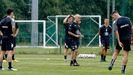 Óscar Gilsanz y sus jugadores, durante un entrenamiento