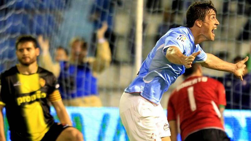 Vídeos resúmenes de la jornada de Primera división.Túñez ha recuperado la titularidad en la zaga.