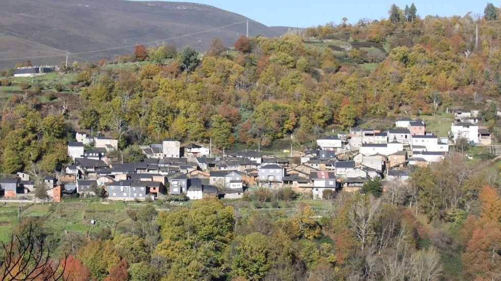 Vista del pueblo de San Vicente, en Vilamartín de Valdeorras