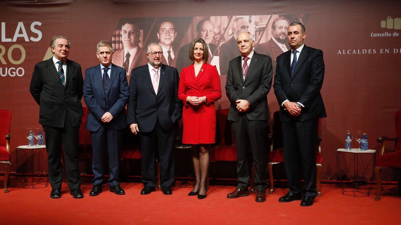 Entrega de las medallas de oro a los exalcaldes de Lugo.Pilar de Lara llegando a los juzgados de Lugo, días después de confirmarse la sancion del CGPJ