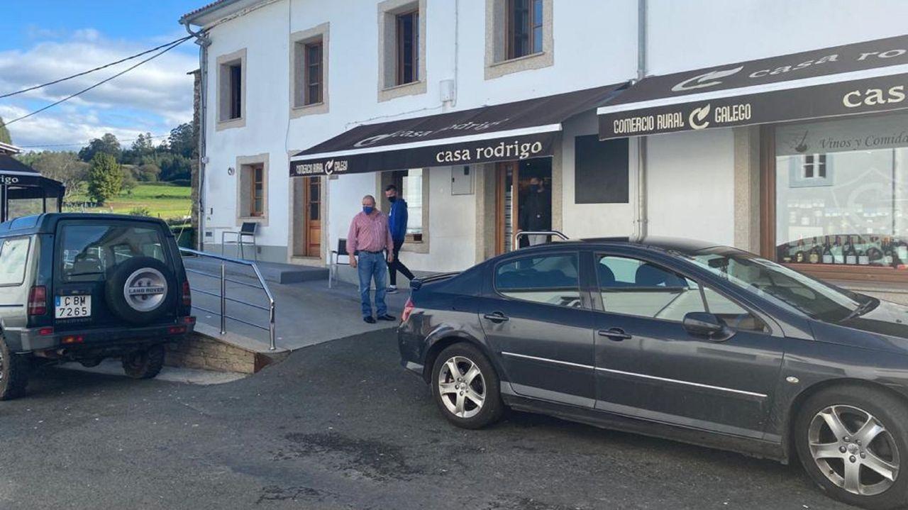 La villa de Ortigueira es una de las que tiene más posibilidades de reabrir los establecimientos de hostelería la próxima semana