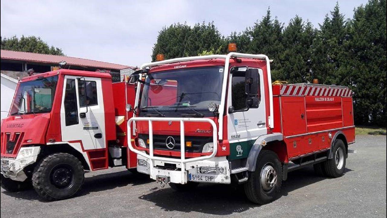 Álbum de fotos: Las imágenes del incendio entrePorto do Son y Ribeira.Quiroga es una de las principales zonas de producción de castaña de Galicia