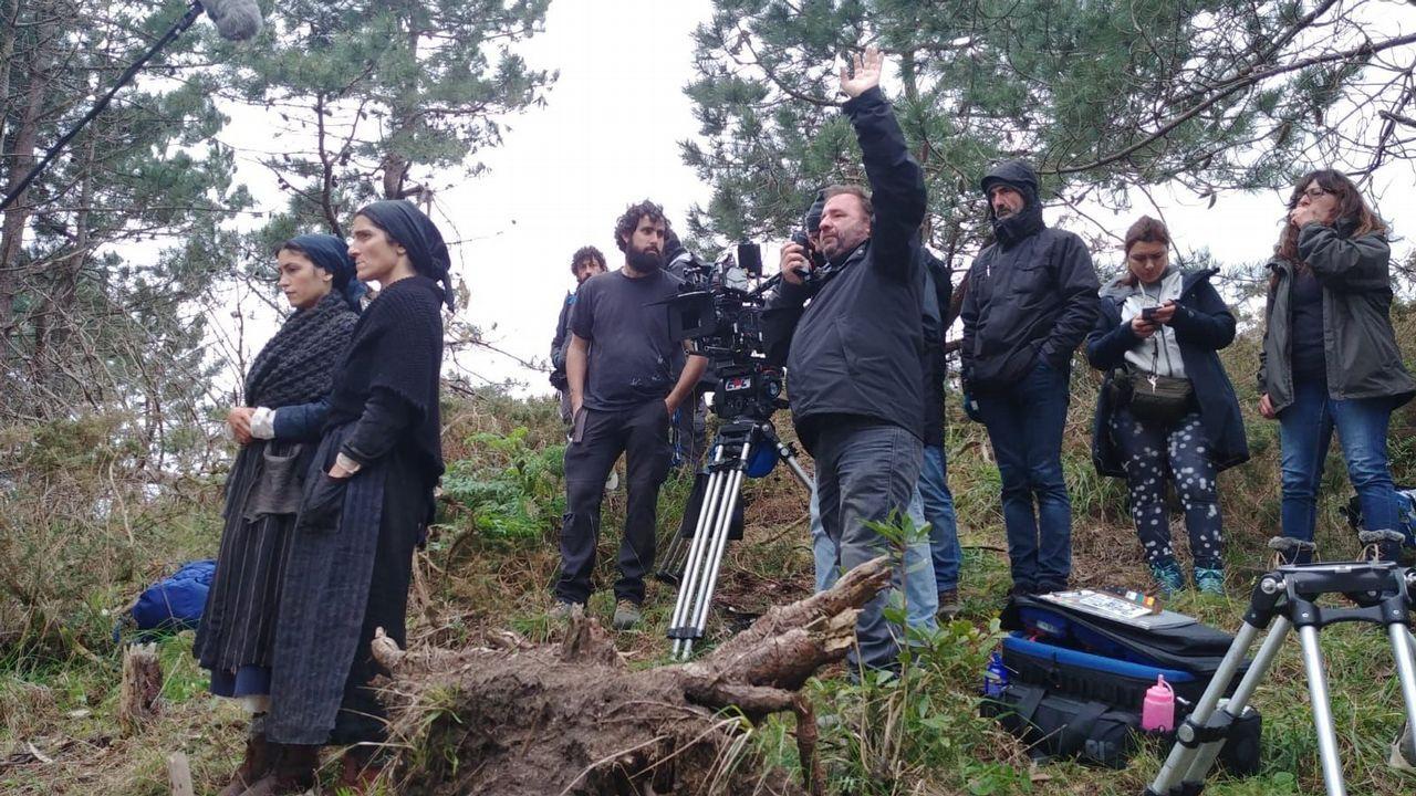 Trabajos del rodaje en Muros de la película de Paula Cons sobre el naufragio del vapor Santa Isabel