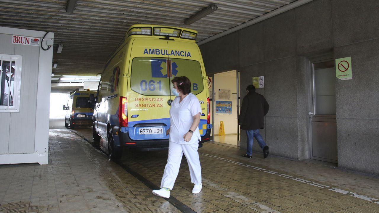 El balance de once sanitarios cuando se cumple un año de la llegada del covid a Ferrol.Urgencias del Hospital Arquitecto Marcide