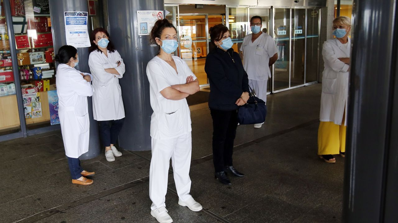 El ministro de Sanidad, Salvador Illa, durante una rueda de prensa.En el área sanitaria no hay pacientes de covid ingresados ni en planta ni en la uci del Hospital Montecelo (en la imagen), ni en Quirónsalud ni en O Salnés