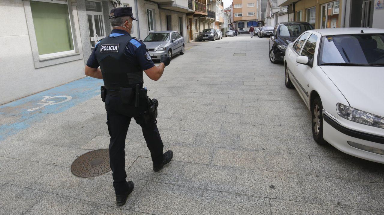 Patrulla de la Policía Local de Ares, en una imagen de archivo