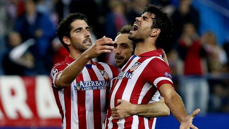 Los 30 de Del Bosque.Valdés abandona el Soccer City lesionado