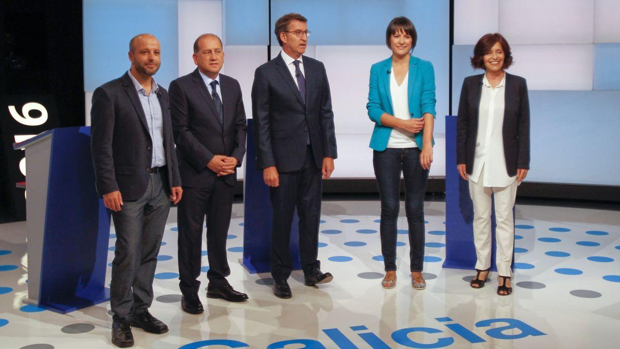 Feijoo en Os Peares, arranca la campaña electoral.Imagen del debate electoral de las autonómicas del 2016. Luís Villares, Leiceaga, Feijoo, Ana Pontón y Cristina Losada