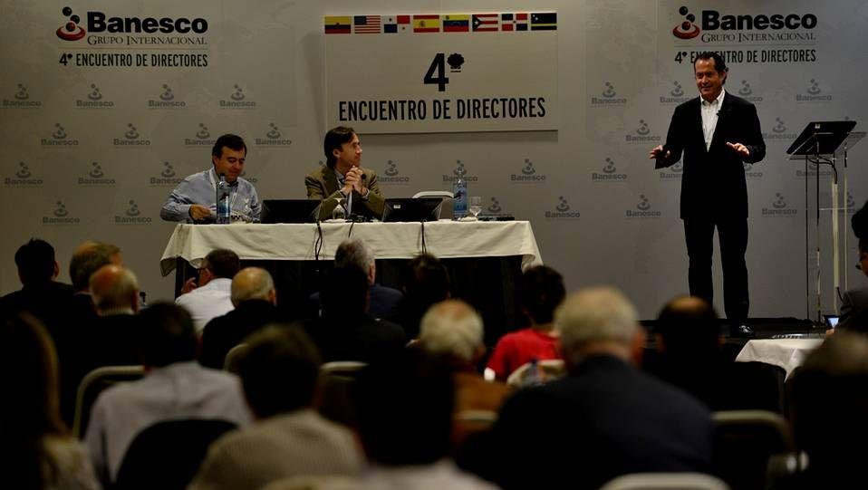 De izquierda a derecha, Francisco Botas, Raúl Baltar y Juan Carlos Escotet en la reunión anual de Banesco celebrada en A Toxa