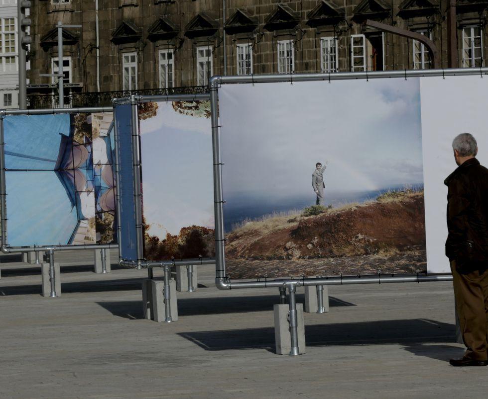 Pontevedra celebra sus Maios.Las imágenes llenan la dársena de A Coruña.