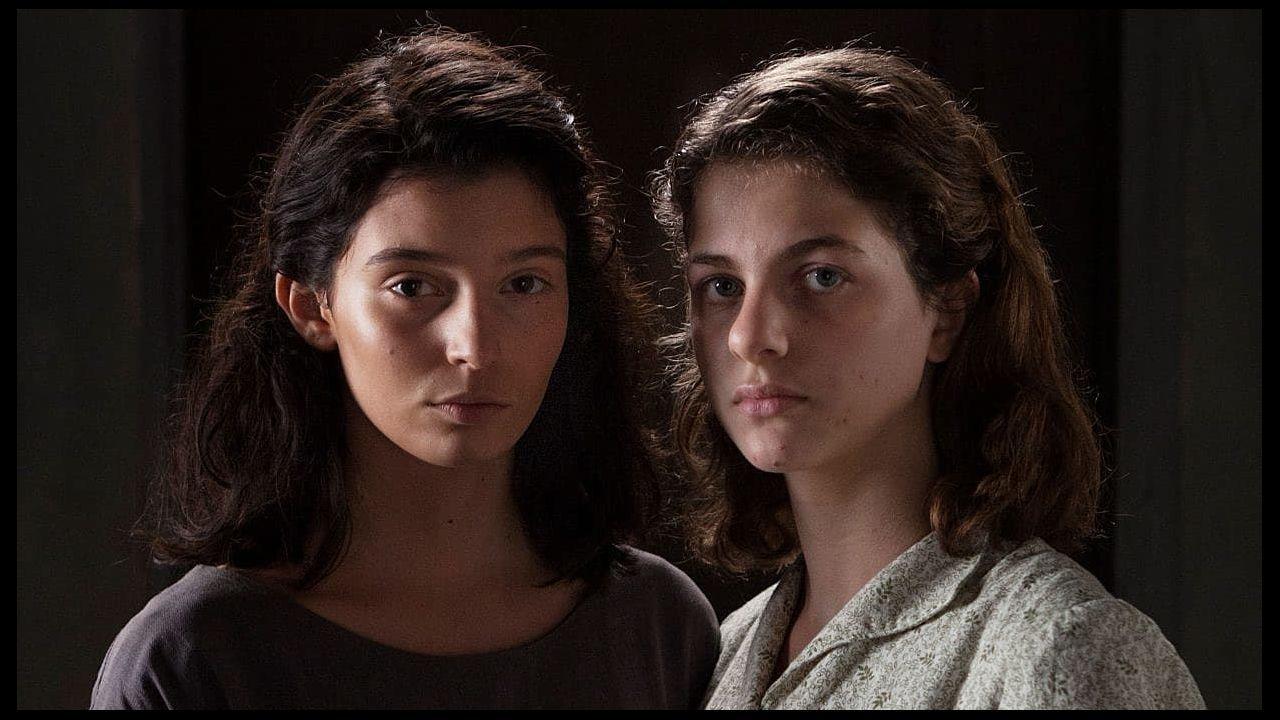 Los posados del modelo que arrasa en la Red.Las protagonistas de la serie «La amiga estupenda», basada en las novelas de Elena Ferrante