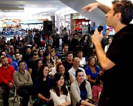 Dani de la Cámara abrió el pasado jueves un ciclo en el Centro Comercial Gran Vía.