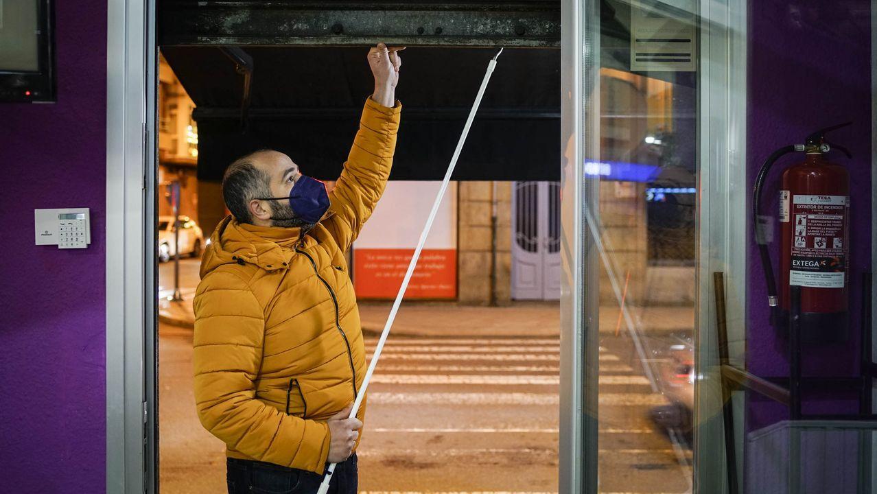 tierra.Jesús Sambade, hijo de emigrantes de Camariñas, en medio de la nieve de Zurich