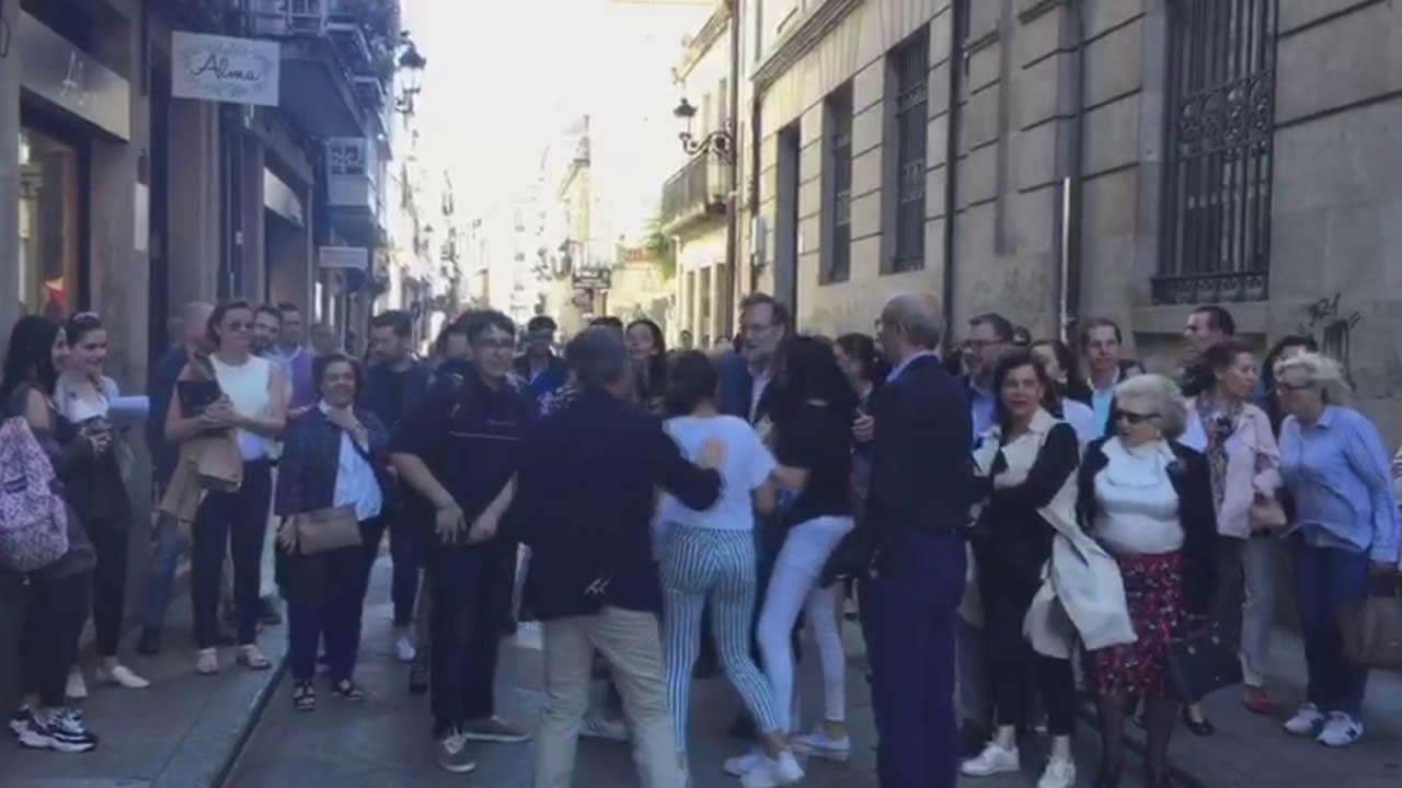 Rajoy pasea por Ourense en el cierre de campaña.La candidata del PP a la Asamblea de Madrid, Isabel Díaz Ayuso