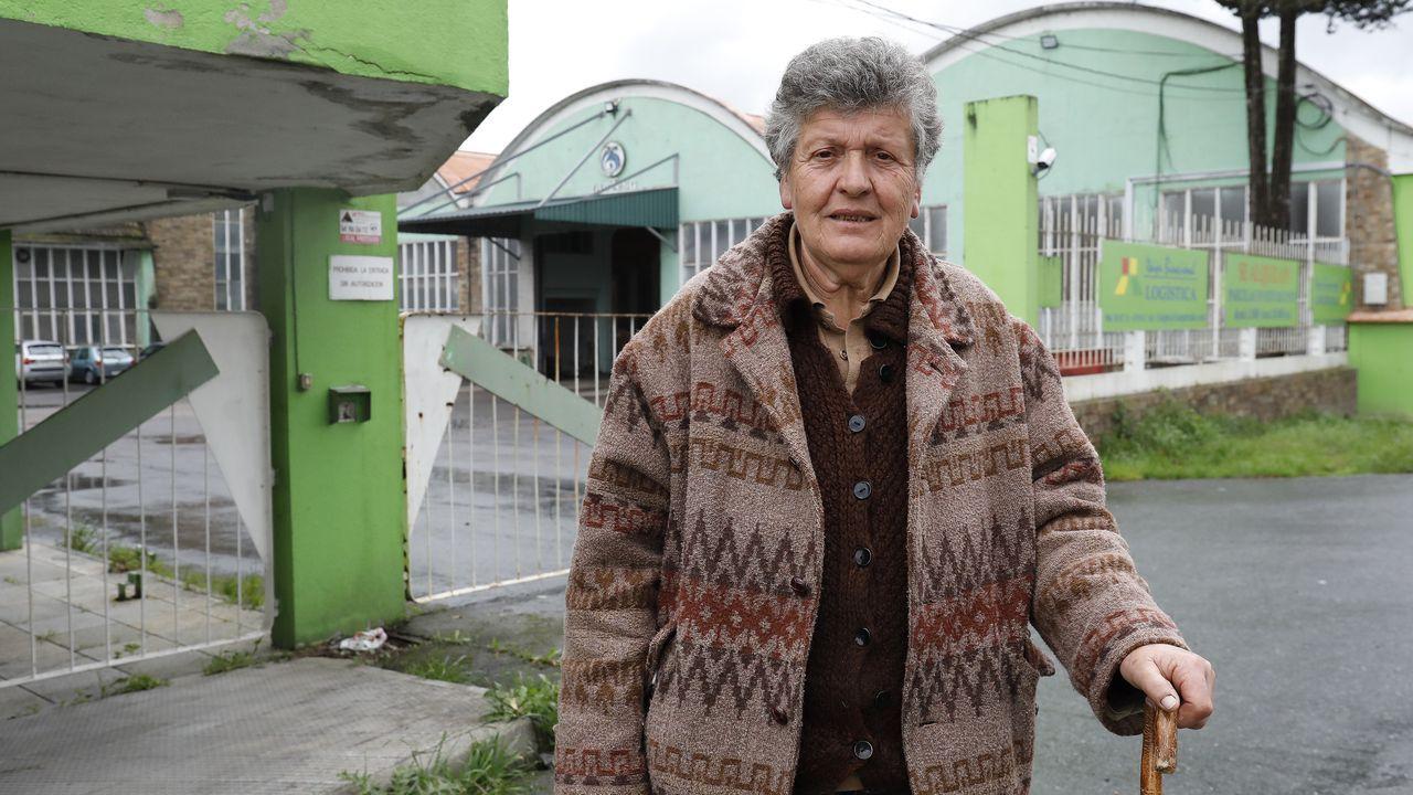 pontesa.Nieves. Entrou a traballar na Pontesa, ás súas costas, aos 14 anos, e ata que pechou.