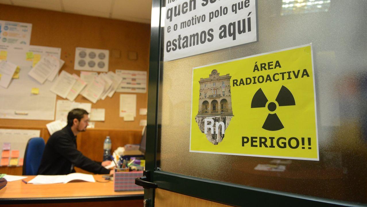 Protestas por la alta concentración de radón en una oficina municipal de Ourense
