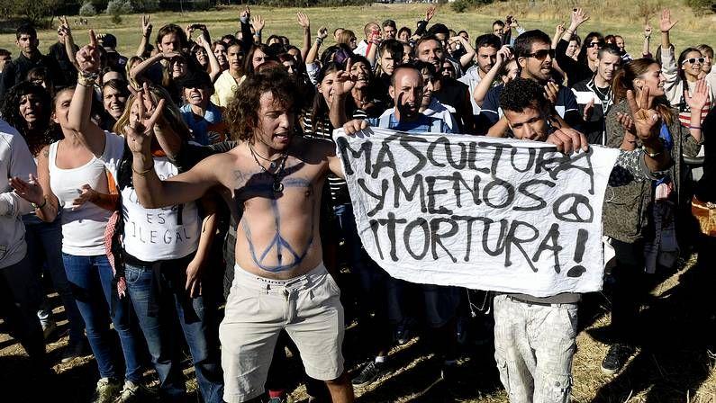 Por los animales, medio ambiente y justicia social.Riveiro Dieste fue uno de los pocos que hizo campaña en Barbanza a favor de Podemos.