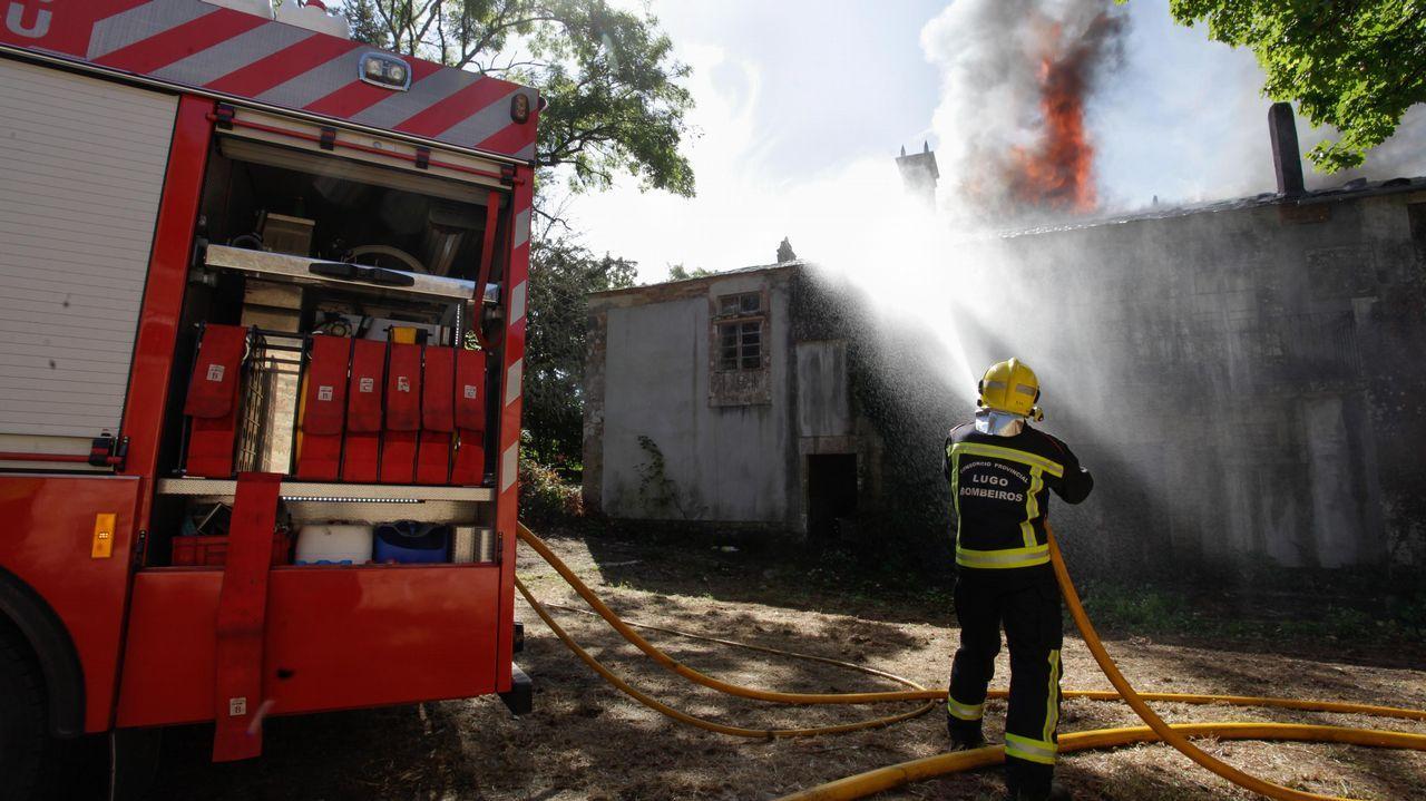 Incendio en un pazo en Cospeito.En este centro de mayores situado en Cospeito viven ahora mismo 12 personas